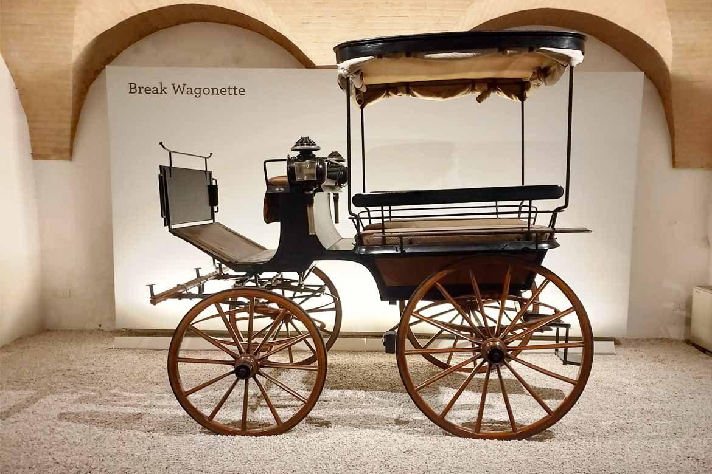 break wagonette museo della carrozza macerata